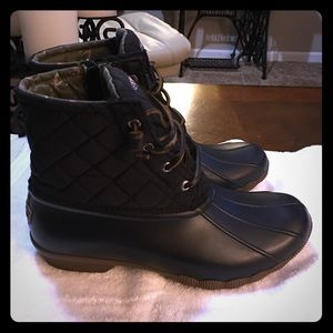 Saltwater quilted sperry duck boots